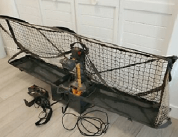 Robo-pong 2040+ with control box and net catcher