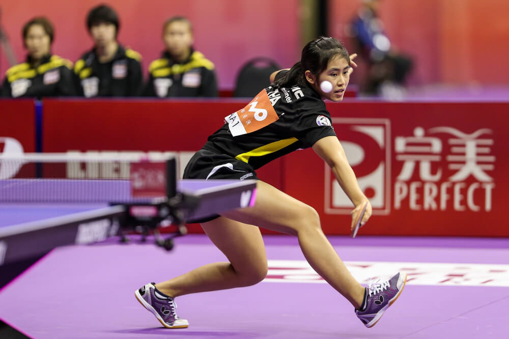 table tennis skills for advanced players chinese female makes chop movement